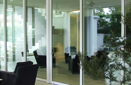 High-Impact Glass door like new